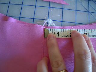 طريقة خياطة شورت اطفال