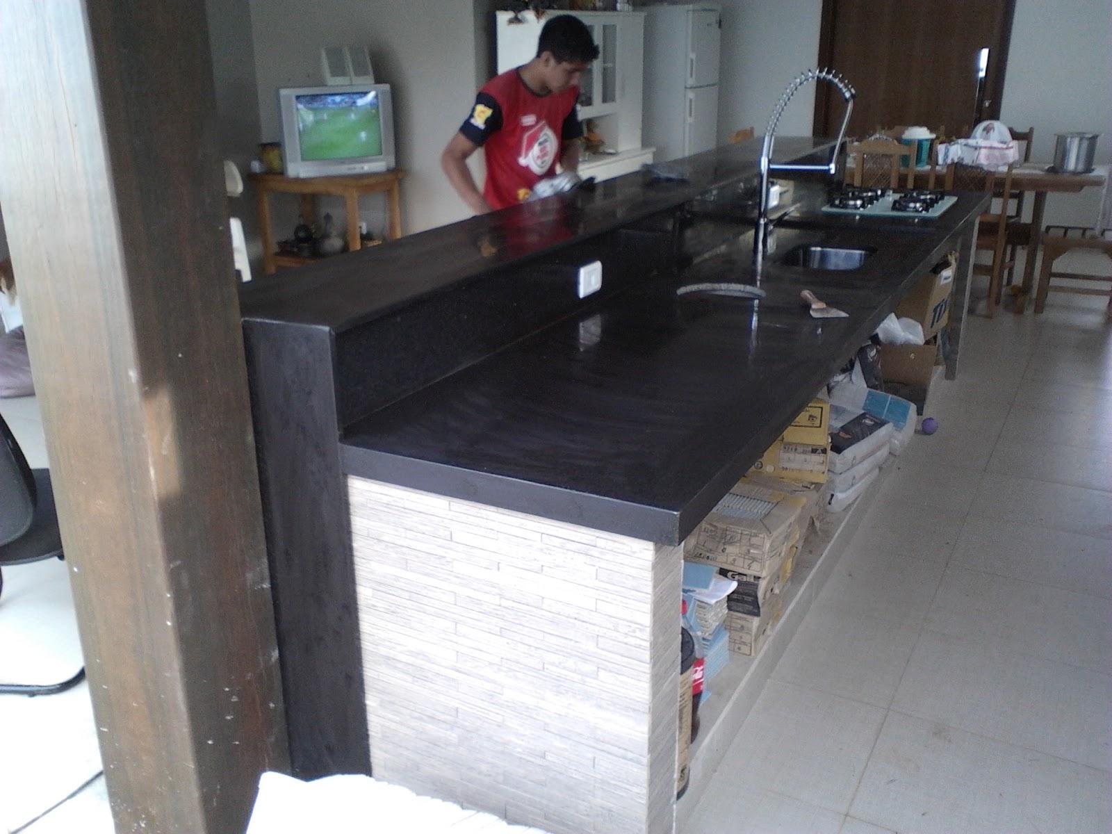 Cristal Móveis e Granitos (67) 3247 5366: Área de Lazer Granito  #5E4140 1600x1200 Balcão Para Banheiro De Granito