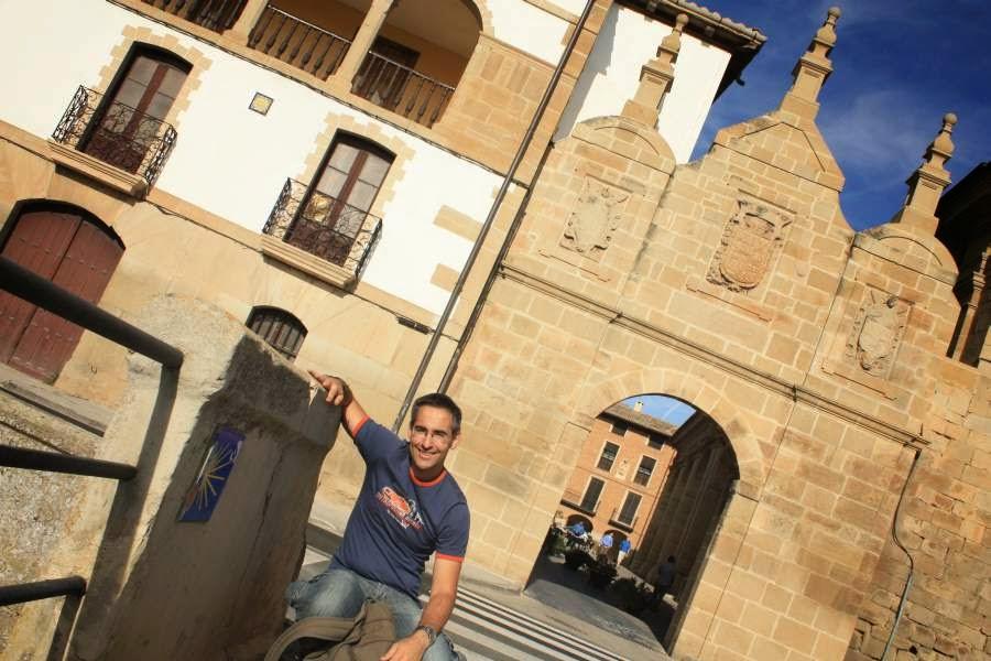 Puerta de Castilla in Los Arcos