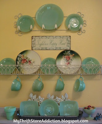 jade plates display