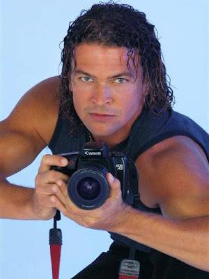Orlando Fundichely con cámara en mano