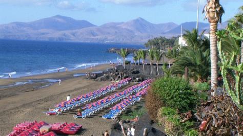 Puerto del carmen hotels puerto del carmen holidays a guide to puerto del carmen holiday - Car rental puerto del carmen ...