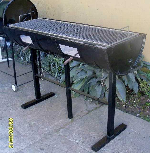 Asador chulengo abierto doble asadores parrillas jama for Asador de ladrillo para jardin