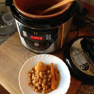 Potaje de garbanzos picante hecho con el modelo F de la olla GM