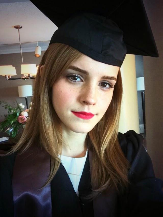 Emma Watson se graduó Universidad de Brown