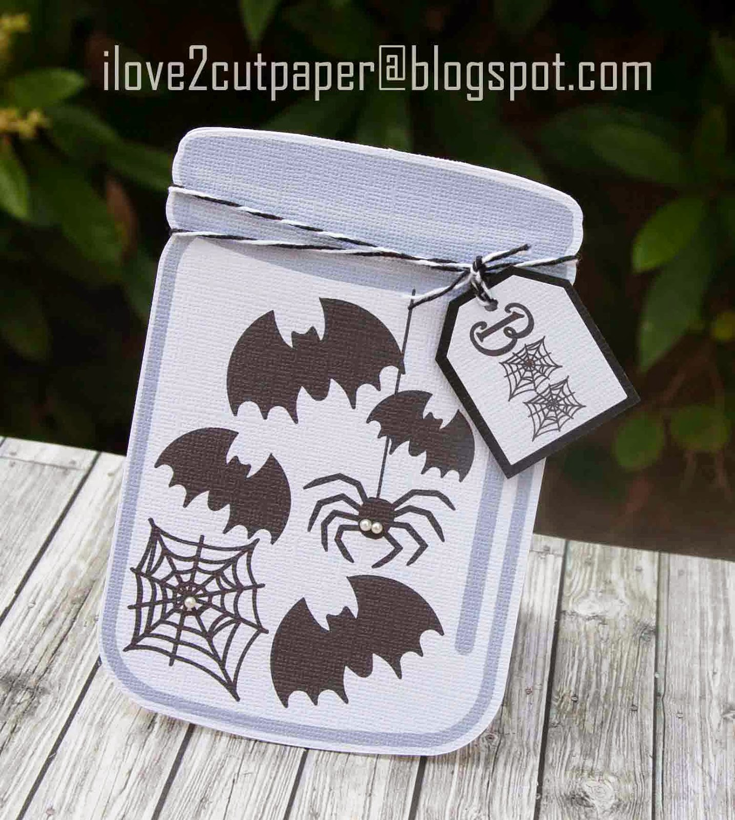 Bats and spider Mason Jar Shaped card