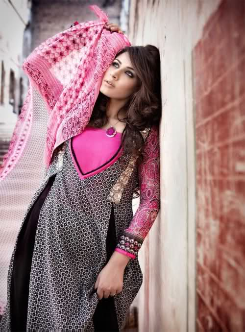 Fancy Shalwar Kameez