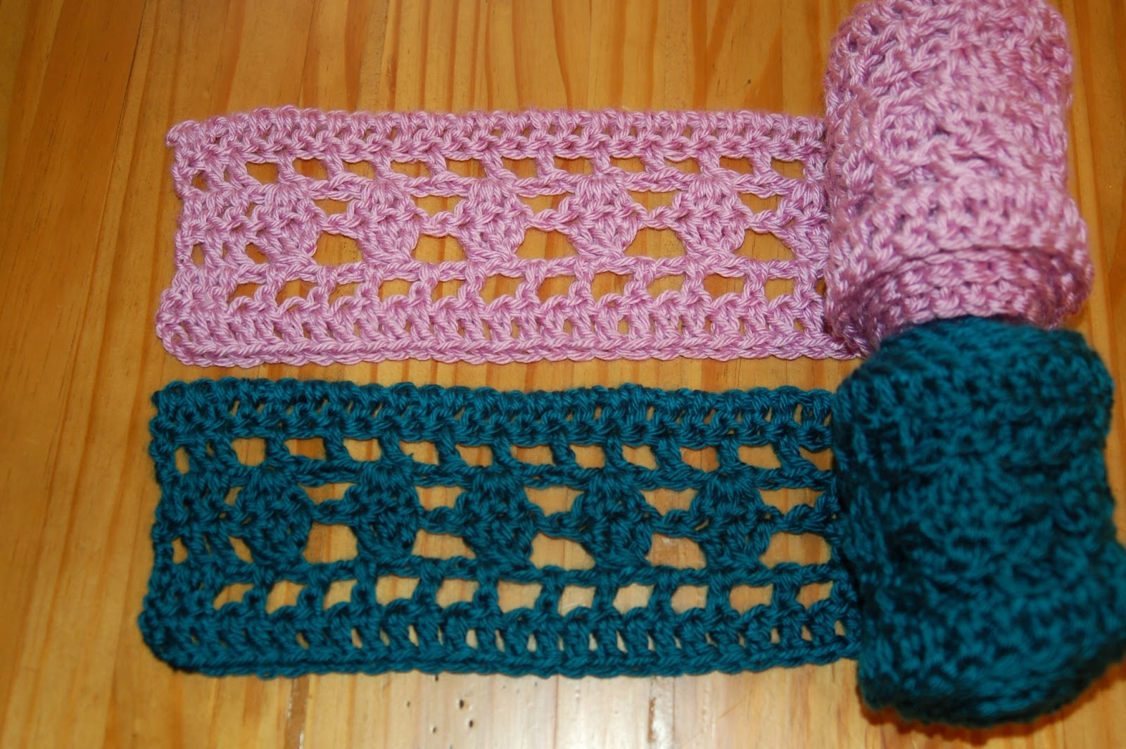 Living the Craft Life: Go-To Skinny Scarf - Free Pattern