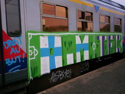 OM graffiti