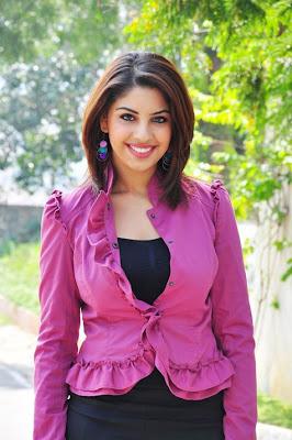 Richa Gangopadhyay hot Stills