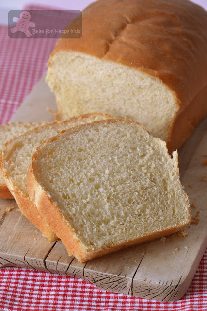 soft fluffy sandwich bread