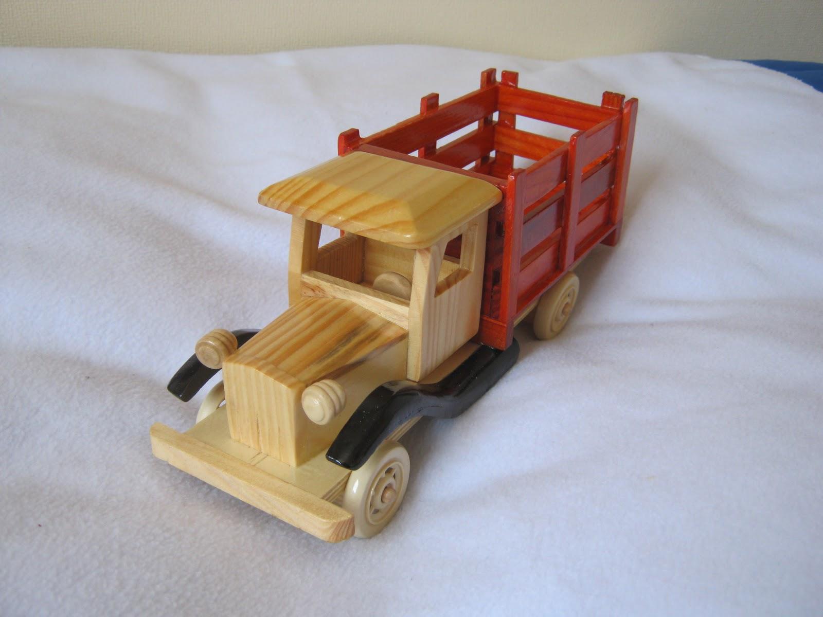 Juguetes maderitas autos antiguos - Juguetes antiguos de madera ...