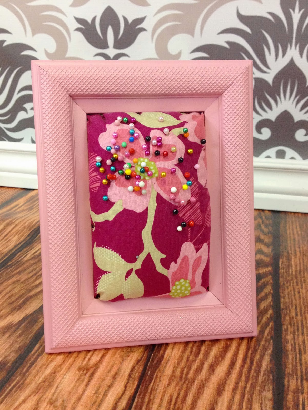 Create Kids Couture: 3rd Day of Christmas: Picture Frame Pincushion