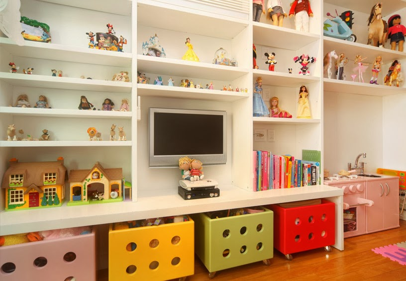 Quarto de brinquedos como decorar decor salteado for Mueble guarda juguetes