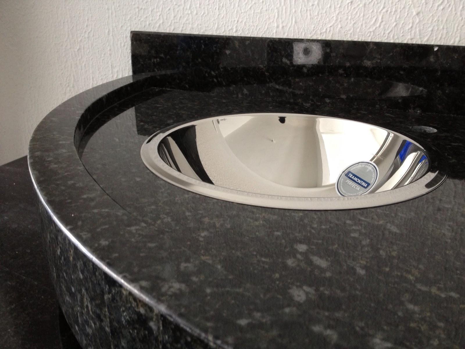 Ângulo Mármores e Granitos: Pia de Banheiro Verde Ubatuba #2F3D73 1600x1200 Bancada Banheiro Granito Verde Ubatuba