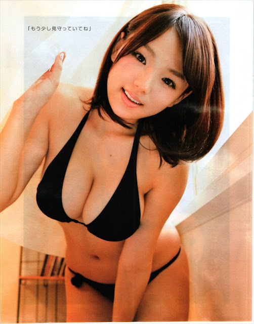 Ai Shinozaki Sexy in Swimsuit