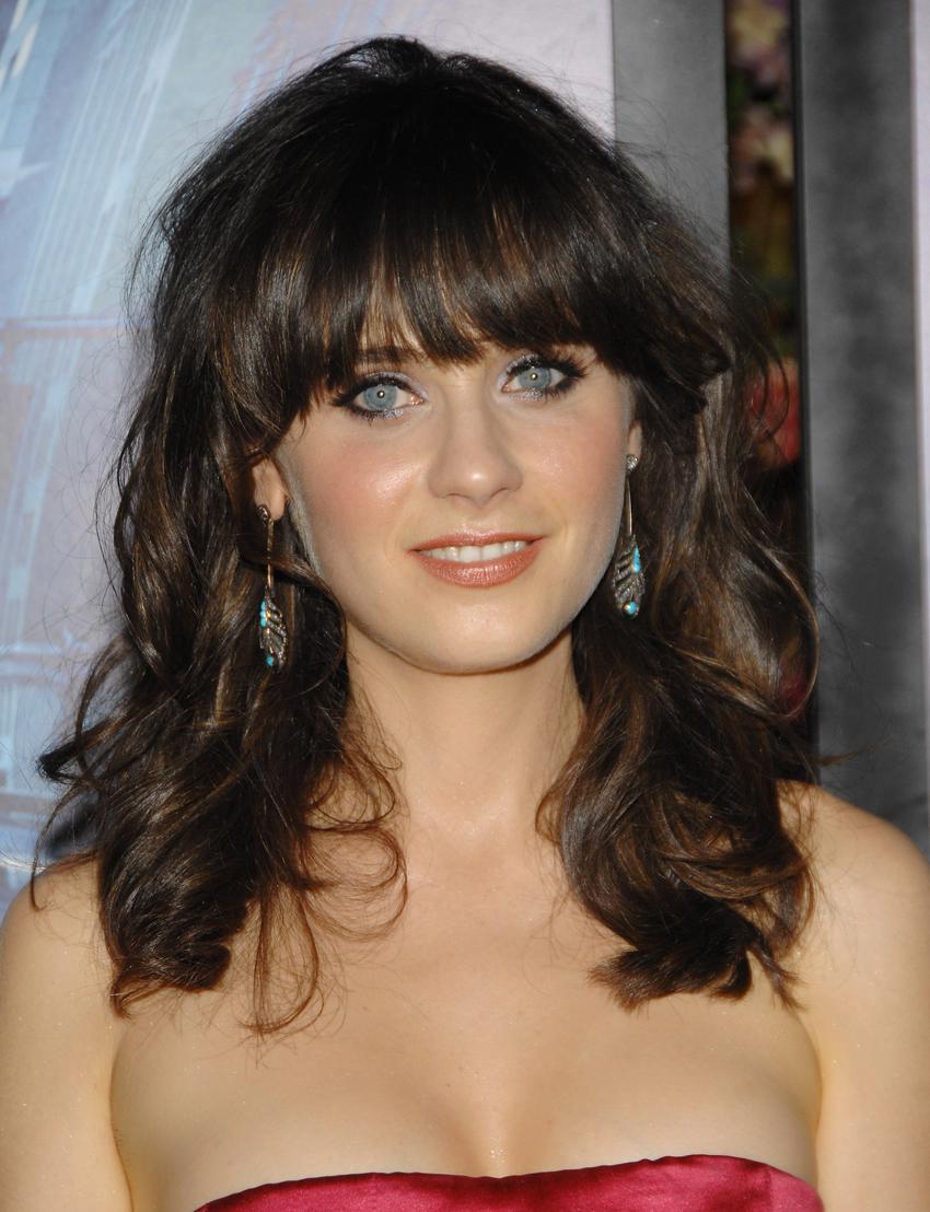 Fresh Look Celebrity Zooey Deschanel Hairstyles 24