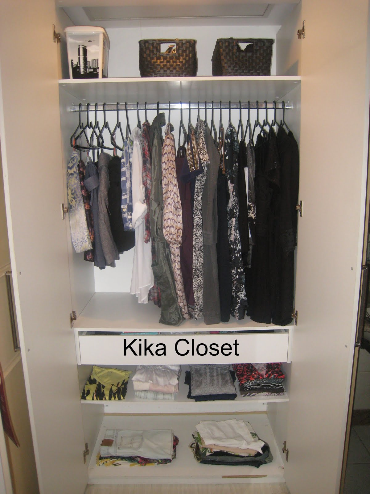 Armario Feminino ~ Kika Closet Organizando armario feminino