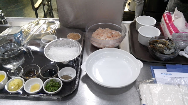 The ingredients for Singaporean Baked Prawns with Glass Noodles (Sotanghon) and Thai Chicken on a Bed of Spinach with Peanut Sauce