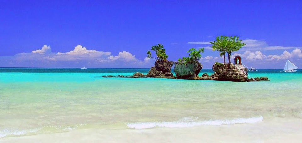 Boracay no.12 in Top 30 Islands in the World