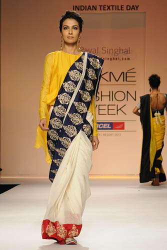 Payal Singhal's creation for LFW 2013
