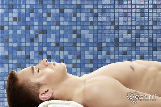Mozaic piscine mozaic amenajari interioare mozaic sovata for Amenajari piscine