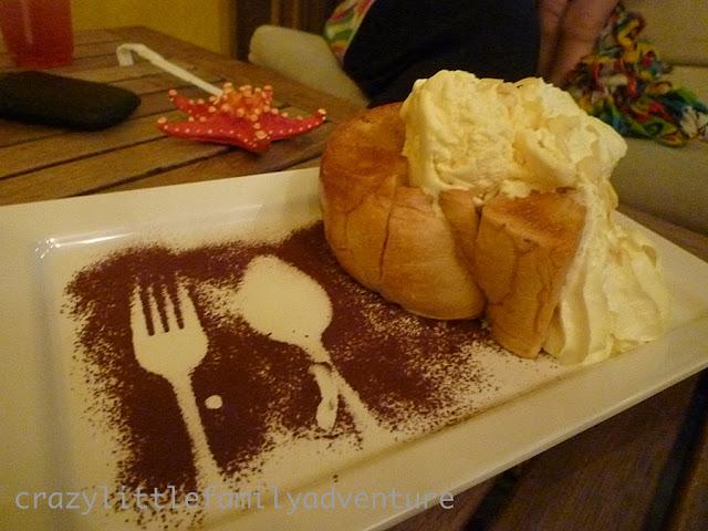 dessert, ice cream on bread, cake box, phuket