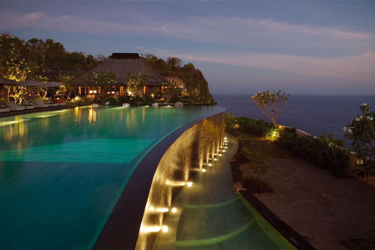 Travel my way indonesia bali bulgari resort villa for Bali hotels and resorts