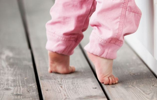 how to stop toe walking in toddlers