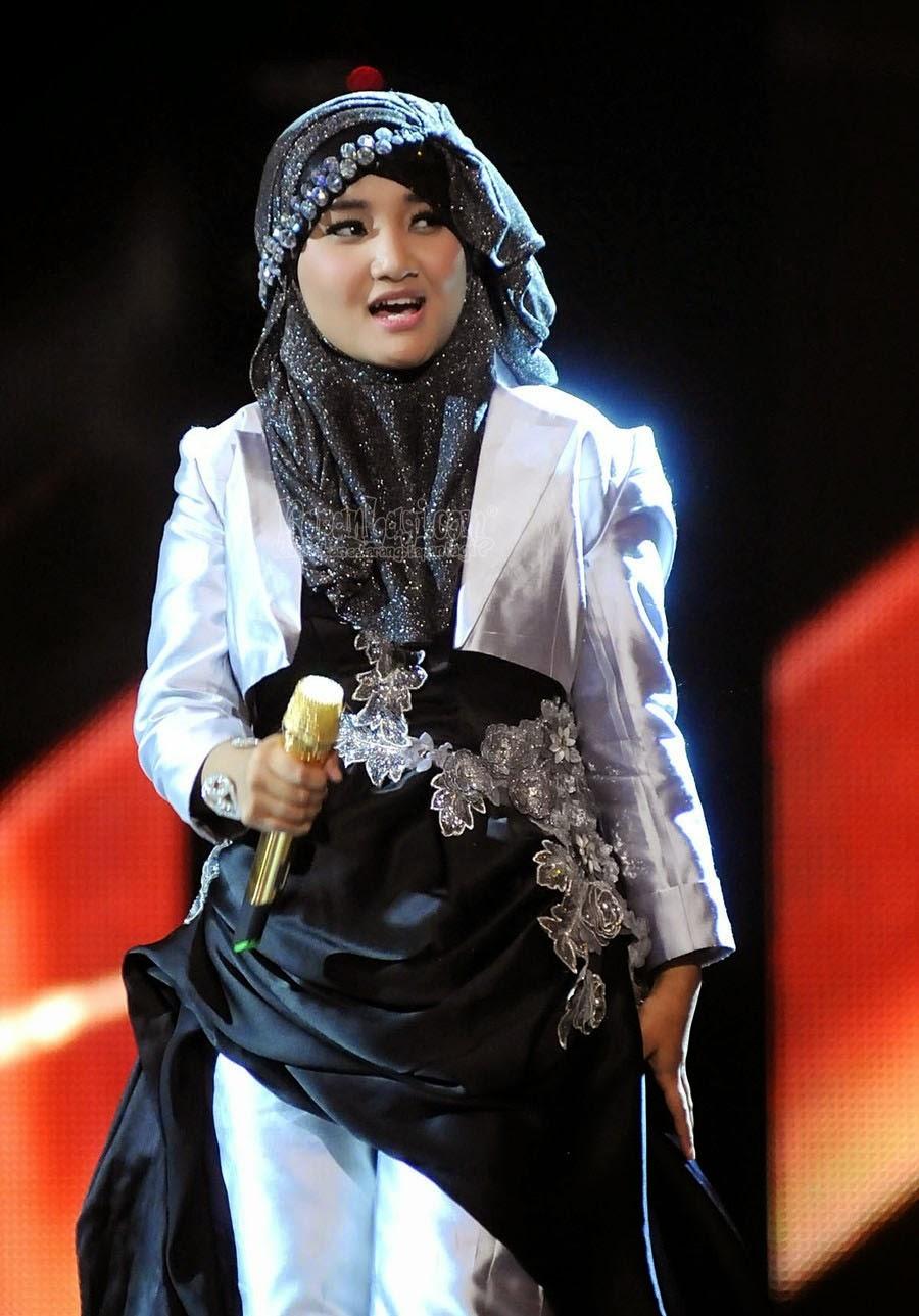 Fain Hijab Fatin Luncurkan Buku Fashion Fatin Hijab Diary