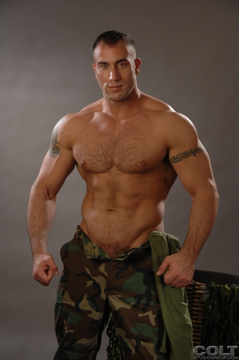 Muscled Marine - Free Porn Videos -
