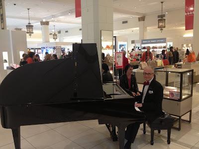 Piano player at David Jones in Sydney