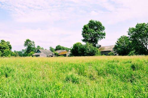 Casitas por el prado en Upper Canadá Village Ontario