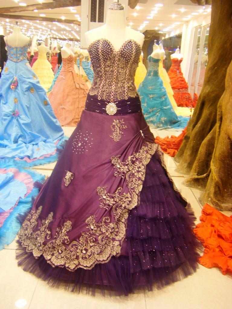 5 model Gaun pesta elegan terbaru tahun 2015