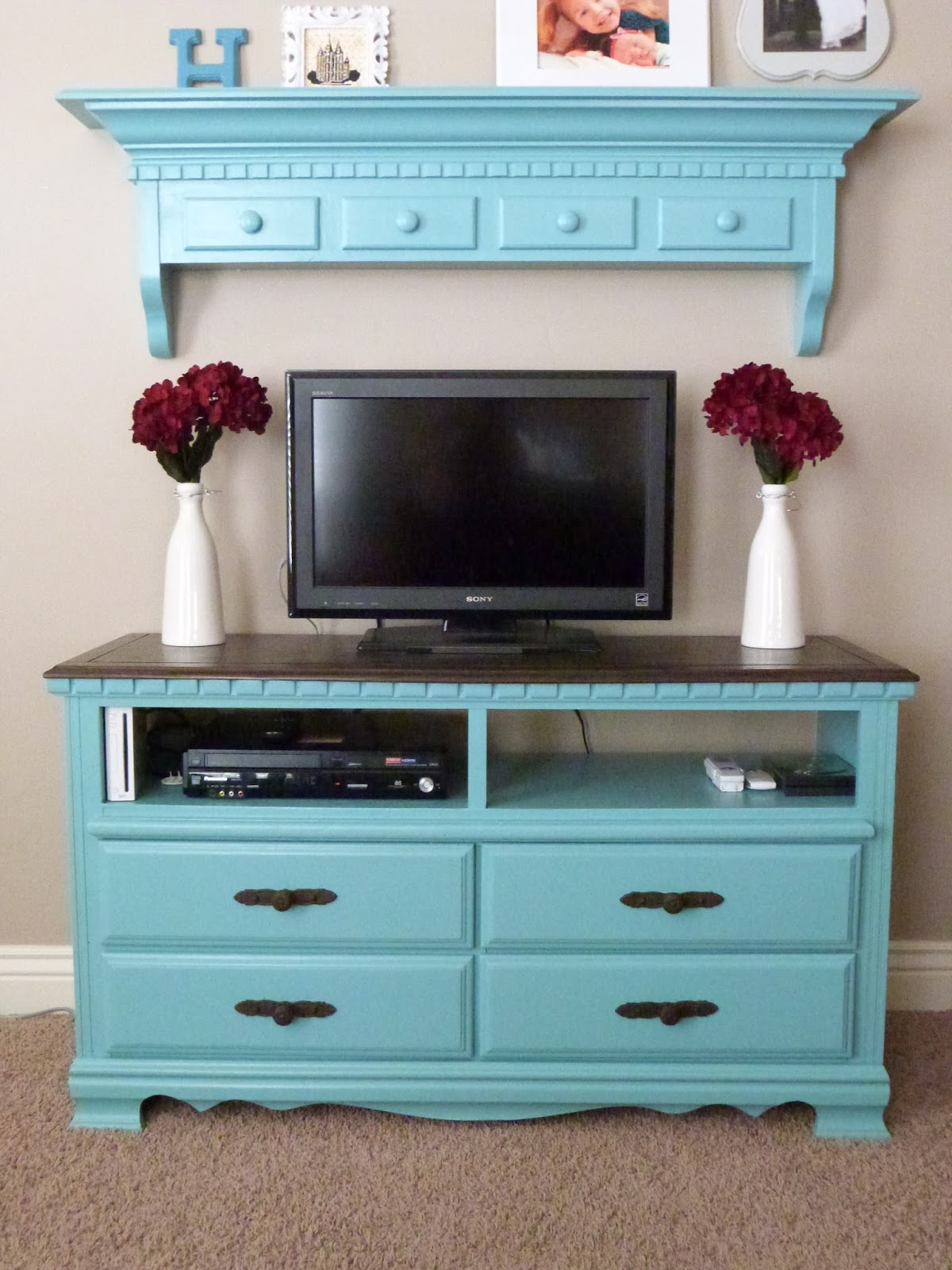 Craftymomz Old Dresser Entertainment Center