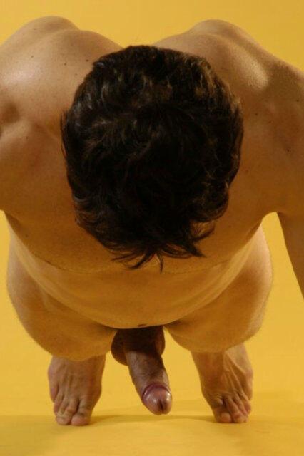 http://1.bp.blogspot.com/-wvpC24LYIqw/UGB3UHuTfSI/AAAAAAAAOLk/x8KHcjb3vTo/s1600/every+time+he+goes+down+he+ll+hump+the+floor.jpg