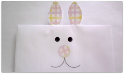 Jelly Bean Bark in Bunny Envelopes for Easter www.withablast.net