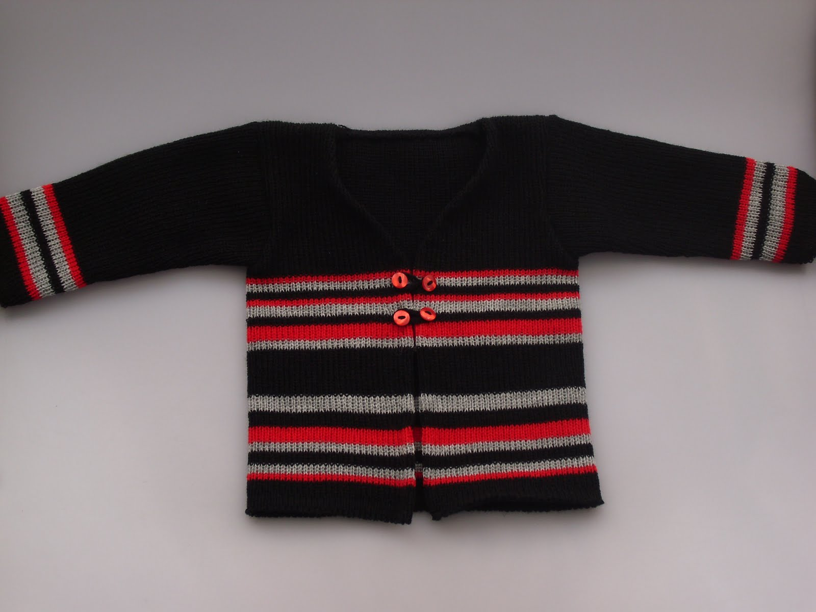 Tejiendo a maquina: jersey para bebe tejido a maquina