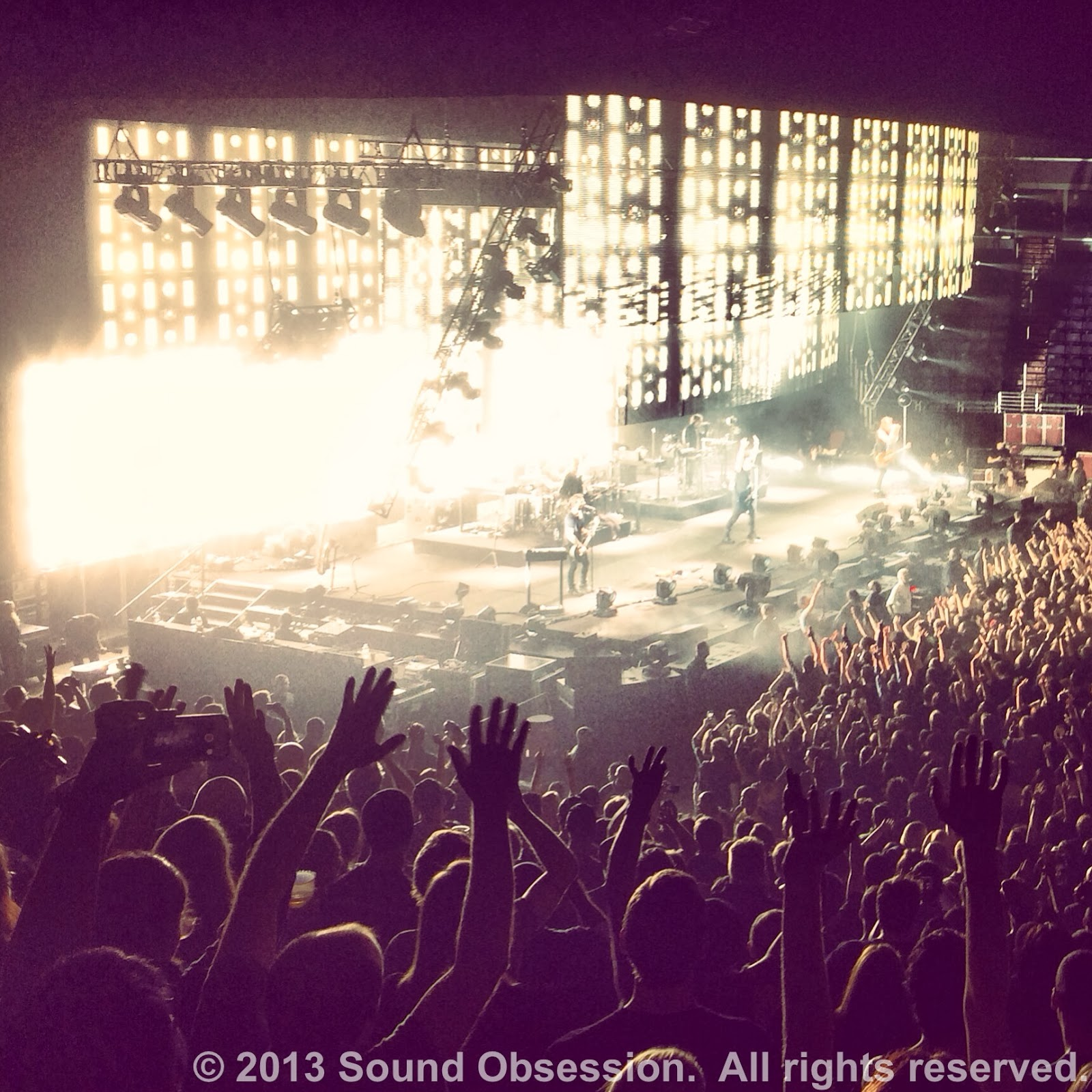 Sound Obsession: Live Show Review: Nine Inch Nails - 10/18/13