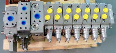 Danfoss PVG120/32 combination valve