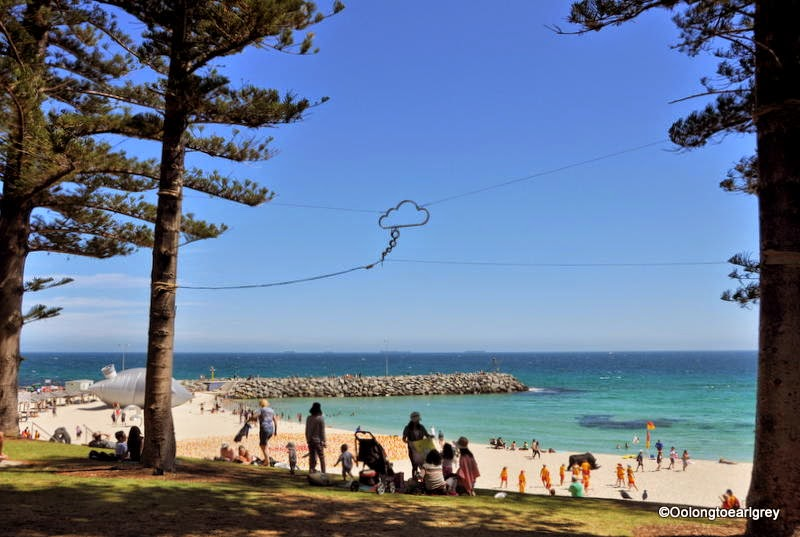 Sculpture by the sea Cottesloe 2014, der traum (dream)