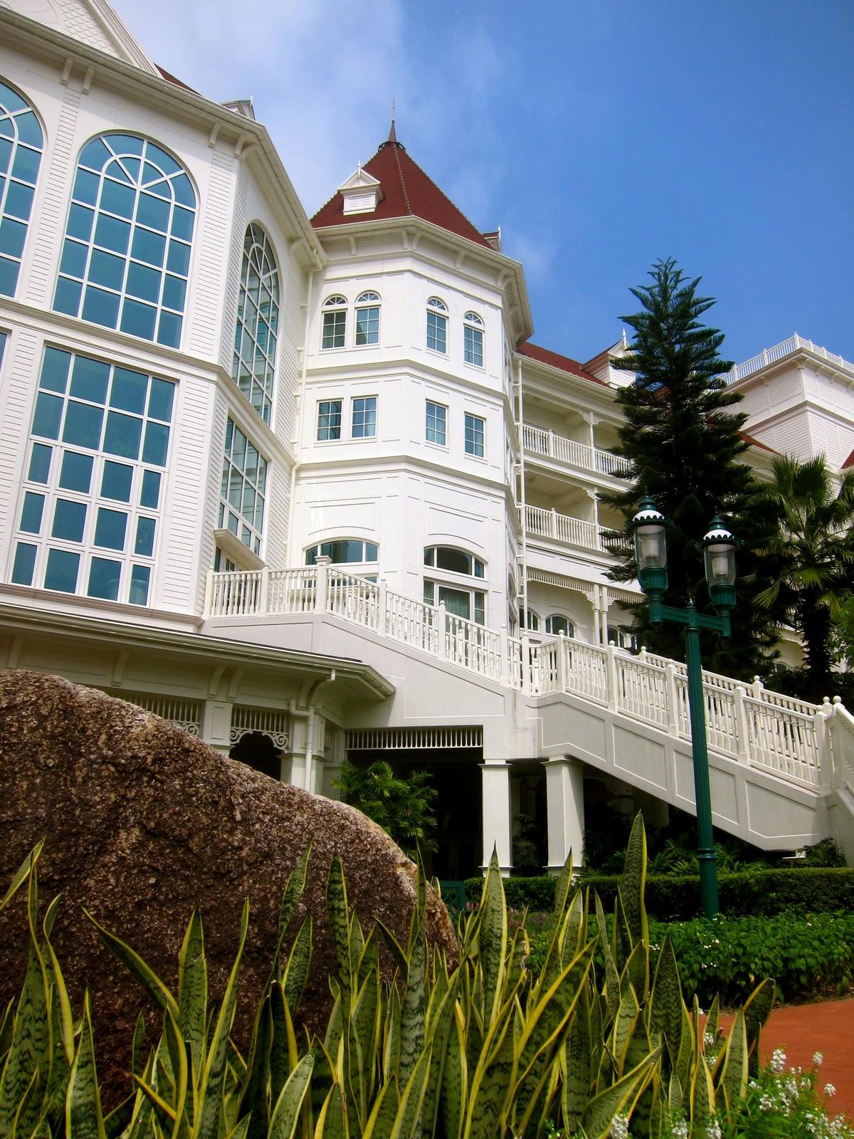 Rooms   Hong Kong Disneyland Hotel   Official Site