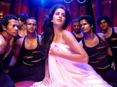 http://apniactivity.blogspot.com/2012/01/katrina-kaif-wallpapers.html