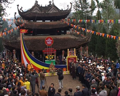 Cho thuê xe đi Trẩy hội chùa Hương