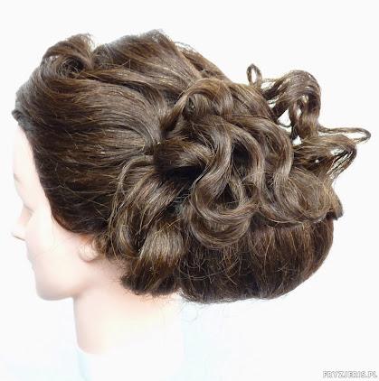 fryzura ślubna 33