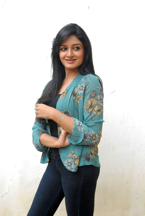 vimala raman new , vimala raman hot images