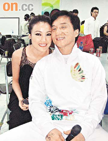Jackie Chan Wife http://tophollywoodstars.blogspot.com/2012/03/jackie-chan-with-wife-2012-pictureimage.html