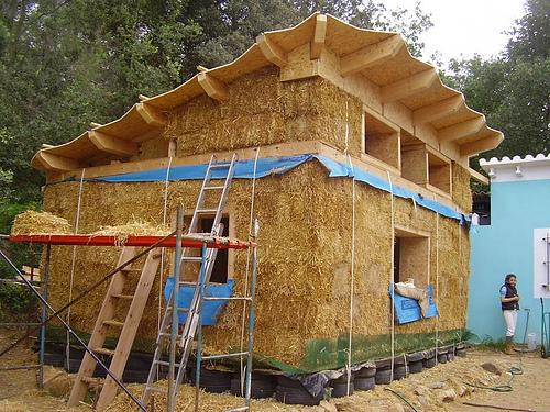 Bocablogseca construcci n de casas de fardos de paja - Construccion casas baratas ...