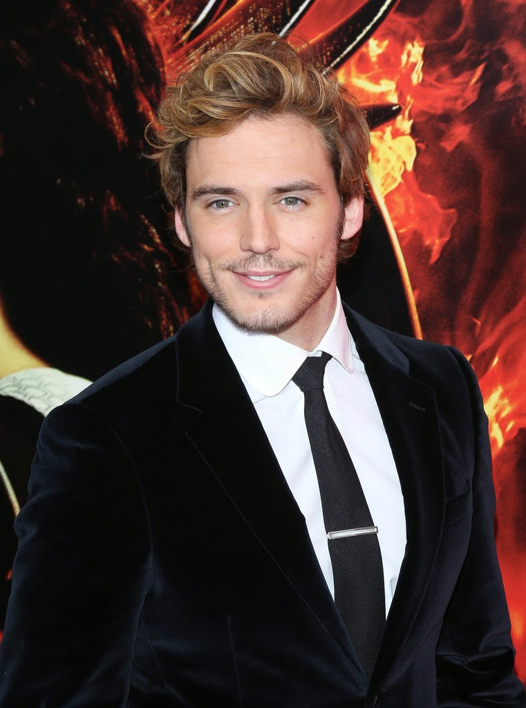 English Actor Sam Claflin Shirtless New Hair style