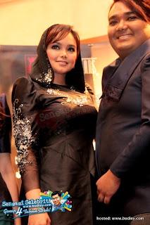 Siti Nurhaliza di Fashion Show Raya 5tars | Gambar 2011
